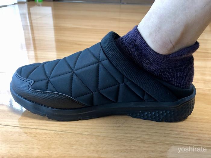 ワークマンのメリノウールの靴下と防寒靴